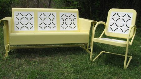 Are those metal patio gliders from the 1950 39 s back in - Old fashioned patio furniture ...